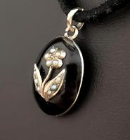 Victorian mourning locket pendant, 15ct gold, pearl (5 of 13)