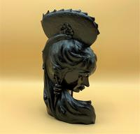 Outstanding Original Signed Carved Wooden Sculpture of a Trendy Art Deco Model (3 of 12)