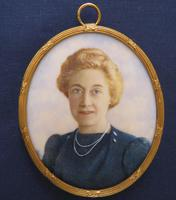 Miniature Portrait Husband & Wife 1930's Gilt Frame (3 of 4)