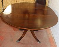 1960s Mahogany Round Table with One Leaf which Folds under Table (2 of 4)