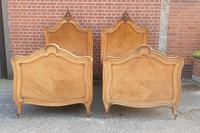 Pair of French Walnut Single Beds (4 of 17)