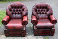1960s Pair of Chesterfield Red Leather Highback Buttoned Armchairs (2 of 3)