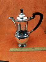 Vintage Silver Plate Coffee Pot Garrard & Co Ltd (8 of 9)