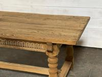 Superb Quality Large Bleached Oak Farmhouse Dining Table (4 of 32)