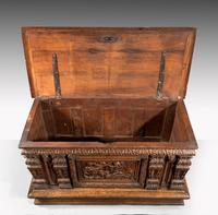 Mid-18th Century Finely Carved Oak Kist or Coffer (3 of 7)