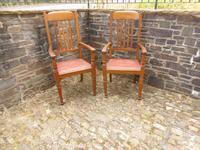 A Pair of Arts and Crafts Oak Chairs (5 of 10)