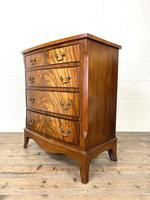 Small 20th Century Walnut Chest of Drawers (6 of 10)
