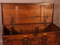 Early 18th Century Dower Chest in Oak (8 of 9)