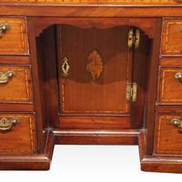 George III Inlaid Kneehole Desk (4 of 17)