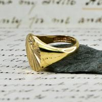 The Vintage 1987 Sunrise Diamond Signet Ring (6 of 7)