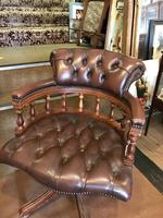 Swivel Leather Buttoned Desk Chair (2 of 10)