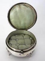 Edwardian Circular Silver Jewellery or Trinket Box with Push Button Latch (4 of 5)