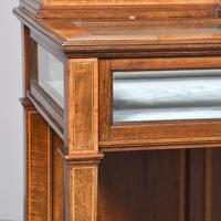 Sheraton Style Display Cabinet (5 of 12)