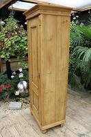 Fabulous Old Stripped Pine Cupboard / Wardrobe (6 of 11)