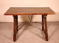 Spanish Table from the 16th Century in Walnut (4 of 13)