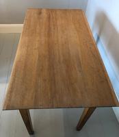 Small Light Oak Table (2 of 3)