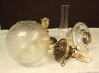 Antique Victorian Oil Lamp & Shade (5 of 12)