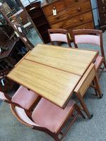 Retro Metamorphic Table (6 of 6)