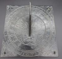 Very Good Bronze Sundial Top Dated 1673 (3 of 3)