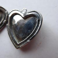Heart Shaped Silver Locket - No Chain (7 of 8)