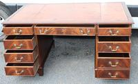 1960s Large Mahogany Pedestal Desk with Brown Leather Top (2 of 4)