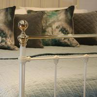 Cream Brass and Iron Antique Bed (4 of 6)