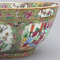 19th Century Cantonese Famille Rose Porcelain Bowl c.1880 (2 of 8)