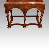 Queen Anne Walnut Drinks Cabinet on Stand (11 of 11)