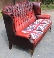 1960s Red Leather Chesterfield Wingback 3 Seater Sofa with Union Jack Cushions (3 of 4)