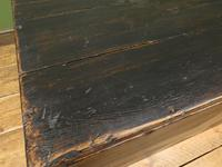 Large Painted Black Chest Trunk with Star, Military Storage Box (13 of 14)