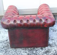 1960s Chesterfield Red Leather Tub Chair with Union Jack on Seat (2 of 3)