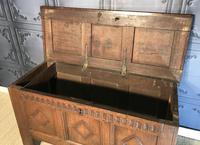 17th Century Oak Coffer (8 of 14)