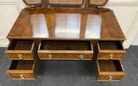 Burr walnut dressing table (7 of 13)