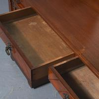 Victorian Gothic Revival Walnut Dressing Table (8 of 16)