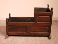 18th Century English Cradle in Oak (9 of 14)