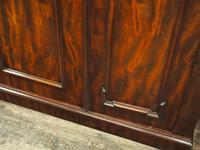 Victorian Mahogany 3 Door Wardrobe (7 of 8)