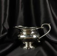 1930's Three Piece Silver Tea Set by Walker & Hall (6 of 21)