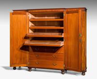 Mid 19th Century Mahogany Wardrobe (3 of 7)