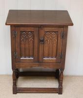 Oak Side Cabinet (2 of 9)