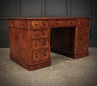 Exceptional Victorian Figured Walnut Desk (5 of 18)