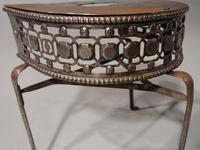 Very Good Quality George III Period Demilune Steel Footman (4 of 5)