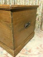 Victorian Stripped Pine Blanket Box with Lots of Storage (8 of 8)
