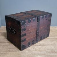 Iron Bound Oak Trunk (2 of 10)