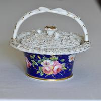 Early 19th Century Chamberlain's Pot Pourri Floral Basket & Cover (4 of 9)