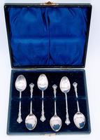 Six Silver Teaspoons (2 of 11)