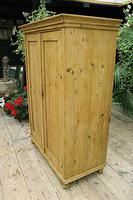 Gorgeous Old Pine 2 Door Cupboard with Shelves - Linen/ Larder/ Storage/ Food/ Wardrobe (4 of 10)