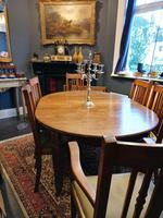 Arts & Crafts Oak, Medullery Ray Extending Table with 6 Chairs, in the manner of Liberty & Co (2 of 22)
