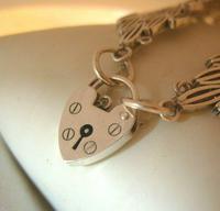 "Vintage Sterling Silver Gate Bracelet 1975 Chunky Heart Padlock 7 1/2"" Length 35 Grams (7 of 10)"