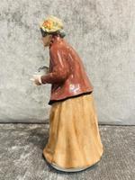 Tea Time Figurine (6 of 9)