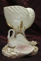 Royal Worcester Swan & Nautilus Shell Vase (3 of 5)